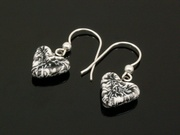 Snowy Crags Small Heart Earrings